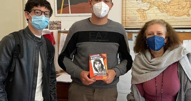 Torino: libro di Sergio donato a biblioteche scolastica e universitaria
