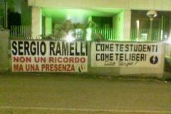2008-04-29 Via Ramelli 02 Fiamma Tricolore e Blocco Studentesco