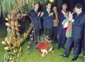 Gianni_Alemanno_a_Ospedaletti_nel_2002